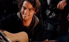 Jamie Blackley in If I Stay movie - Image #6   Apnatimepass.