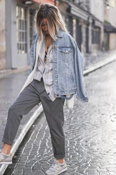 blog-de-mode-12 Daily Fashion, Look Fashion, Sport Chic, Girl Outfits, Casual Outfits, Fashion Outfits, Womens Fashion, Minimale Kleidung, Mode Jeans