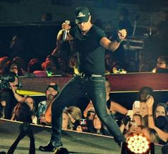 Moves like Luke! #lukebryan