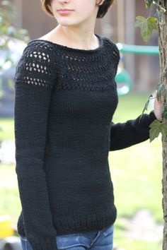 The link to the actual pattern is http://pinkbrutus.com/eyelet-yoke-sweater/