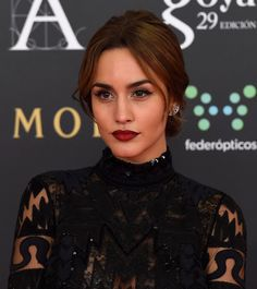 Megan Montaner Goya Laura Haddock, Bombshells, Cool Drawings, Braided Hairstyles, Movie Tv, Braids, Make Up, Beautiful Women, Style Inspiration