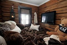 My loft is going to be all bed.get rid of the bear and it's perfect. Love the big brown blanket. Books and my laptop.no tv Cozy Bedroom, Dream Bedroom, Cabin Bedrooms, Good Night Beautiful, Simply Home, Dream Furniture, Cabin Homes, Cabins In The Woods, Decorating Small Spaces