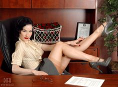 """8-den:    One of my absolute favourite pictures of Dita. It's much less over the top and much more """"real-life"""", you can imagine a very sexy, vintage loving gal dressing this way.  Absolutely gorgeous in every respect."""