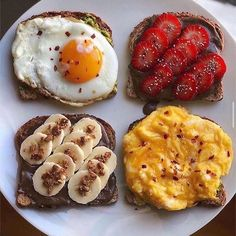 Ingredients 🍱: Fried egg over avocado toast/ Strawberries + chia seeds over pecan butter toast/ Bananas + granola over pecan butter toast/ Soft scramble over avocado toast. Healthy Meal Prep, Healthy Breakfast Recipes, Healthy Snacks, Healthy Recipes, Keto Meal, Healthy Tips, Healthy Carbs, Protein Recipes, Vegan Protein