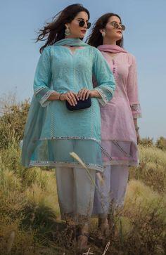 Stylish Dress Designs, Dress Neck Designs, Designs For Dresses, Stylish Dresses, Simple Dresses, Beautiful Dresses, Casual Dresses, Simple Pakistani Dresses, Pakistani Bridal Dresses