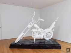 This Harley will soak up all of the bumps in the road. Will Ryman is the son of a minimalist painter and is known within the art community for producing large scale art works that are often displayed in public and urban spaces. For his latest piece to go on display, Ryman wanted to 'discuss …  #fireitup @wearemotofire