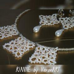 RIANNE vajszínű csipke, hajócsipke medálos nyaklánc gyöngyökkel / tatted necklace :: VERONART tatting - hajócsipke - frivolitás
