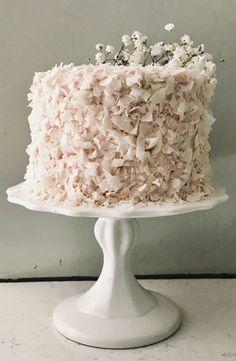 coconut strawberry cake - sugar