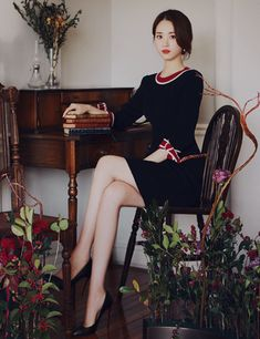 milkcocoa - Belezza,animales , salud animal y mas Beautiful Asian Women, Beautiful Legs, Beautiful Places, Korean Women, Korean Lady, Face Angles, Asian Woman, Hair Trends, Korean Fashion