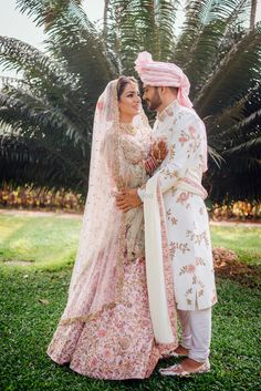 Whether you wanna go down the matching route or want to contrast with the groom, point is, that you have to put a little thought into pulling off both the looks with ease! While we have told you combi. Sherwani For Men Wedding, Wedding Dresses Men Indian, Indian Bridal Outfits, Sherwani Groom, Punjabi Wedding, Indian Weddings, Couple Wedding Dress, Wedding Outfits For Groom, Indian Wedding Couple