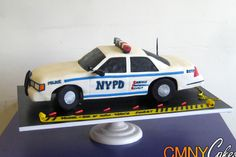 NYPD Patrol Car Cake...Good visual since I'm supposed to make one in a few weeks!