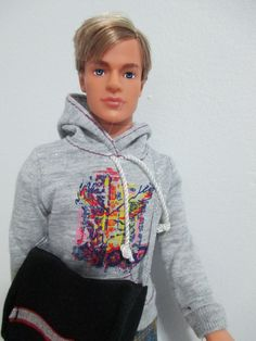 KEN DOLL AND FRIENDS BARBIE BOYFRIEND DOLL #21 handsome must see