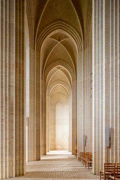 Grundtvig's Church in Copenhagen, Denmark. 1921-1940 / Peder Vilhelm Jensen-Klint (Kaare Klint and Esben Klint)