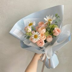 Boquette Flowers, Beautiful Bouquet Of Flowers, Luxury Flowers, Beautiful Flower Arrangements, Flowers For You, My Flower, Planting Flowers, Floral Arrangements, Beautiful Flowers