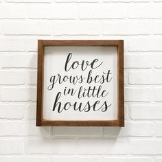 Such an adorable sign for newlyweds or new homeowners!