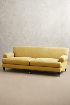 Slide View: 1: Linen Willoughby Sofa, Hickory