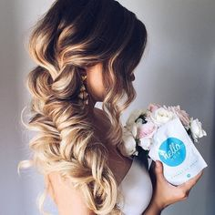 """Hello Hair Hydrating Mask™ on Instagram: """"Ul\'yana Zaggie.aster makes this braid look so effortless! We love to see that she\'s been keeping her hair on point with the help of our #OriginalHydratingMask. #ohhellohydration #HelloHair #hairmask #veganfriendly #crueltyfreebeauty #hairgoals #maneenvy"""""""