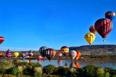 Todos hemos soñado con volar en globo aerostático alguna vez, no existe persona que se resista a observarlos cuando se encuentran en el aire.