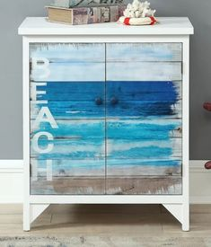 Shabby Chic Ideas For Dining Rooms Beach Cottage Style, Beach Cottage Decor, Coastal Cottage, Coastal Style, Coastal Decor, Coastal Living, Cottage Rugs, Cottage Ideas, Coastal Homes