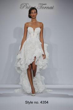Pnina Tornai brings sex to weddings! #wedding #dress