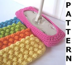 Swiffer Mop Cover Crochet Pattern.  Very cool.  Smooth on side for wet mop, nobby on the other for dry mop.