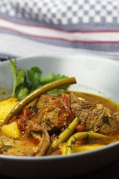 [griechisch] Geschmortes Lamm mit grünen Bohnen und Tomaten | Foodina