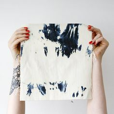 Use up your denim short cut offs to create these reverse indigo shibori / tie die designed fabrics.