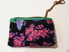 Rita's cute little pocket purse in 'Peacock', Fushia is perfect for guarding the pennies!