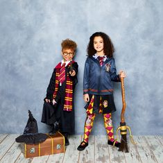 Can you believe it's been over 20 years since we were first introduced to Harry Potter? J.K. Rowling's wonderful wizarding world is as popular as ever, and that makes it a great source for your World Book Day costume ideas!  These Hogwarts heroes are instantly recognisable, and more than up to the task of dealing with the rough and tumble of the average Muggle school day.  So, we're left with just one question. Which outfit will you choose? Let's take a look at your options! World Book Day Costumes, Book Character Costumes, Book Characters, Harry Potter Fancy Dress, Popular Books, Children's Books, 20 Years, Costume Ideas, Hogwarts