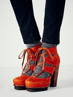 Dahlia Lace Up Heel
