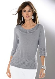 A stylish jumper with an artistic ajour pattern along the cuffs. In a carefully tailored knitted style and shimmering yarn with three-quarter length sleeves. 66 cm ins) (Size Sweater Knitting Patterns, Cardigan Pattern, Knitting Designs, Knitting Stitches, Baby Knitting, Woolen Tops, Knit Fashion, Pulls, Knitwear