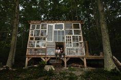 Casa ecológica construida por sus dueños por 500 dólares.  A través de Ana Costas Giráldez