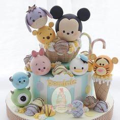 Cake desing disney New Ideas Tsum Tsum Birthday Cake, Tsum Tsum Party, Cartoon Birthday Cake, Birthday Cakes, Baby Boy Cakes, Girl Cakes, Baby Shower Cakes, Fondant Cakes, Cupcake Cakes