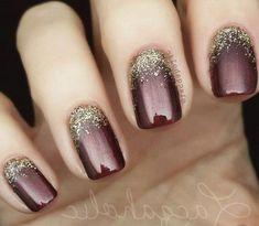 68 Trendy Nail Art Designs to Inspire Your Winter Mood winter nails; red and gold nail art designs. Red And Gold Nails, Gold Nail Art, Red Nails, Hair And Nails, Red Gold, Gold Gel Nails, Gorgeous Nails, Pretty Nails, Pretty Pedicures