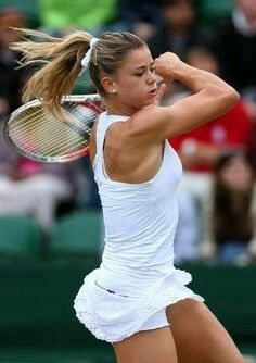 Camila Giorgi, eroina italiana a Wimbledon Camila Giorgi, Tennis Gear, Lawn Tennis, Sport Tennis, Wimbledon 2012, Tennis Techniques, Tennis Live, Beautiful Athletes, Tennis Players Female