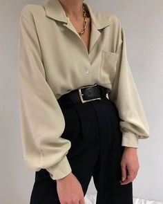 fall outfit, fall, autumn style, winter outfits, outfit inspiration, fall outfit inspiration, winter outfit inspiration, suits women, women office style Look Fashion, Korean Fashion, Fashion Outfits, Womens Fashion, Travel Outfits, Classy Fashion, Gothic Fashion, Fasion, High Fashion