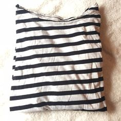 Gap Ivory and Black Striped Long Sleeve Top Worn but in great condition long sleeve ivory and black striped long sleeve top. Super soft and comfortable! It has some pilling by the underarm as seen in the 3rd picture GAP Tops Tees - Long Sleeve