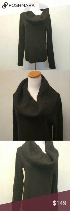 * Final Price * Club Monaco Cashmere Sweater Club Monaco 100% Cashmere long sleeve sweater. In great condition. Club Monaco Sweaters