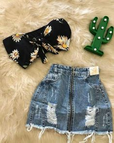 Pin by ariana alfaro on school clothes in 2019 Girls Fashion Clothes, Teen Fashion Outfits, Mode Outfits, Outfits For Teens, Cute Summer Outfits, Cute Casual Outfits, Pretty Outfits, Stylish Outfits, Crop Top Outfits