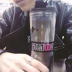 ナノ(nano) @nanonano_me  ·  19時間 19時間前 ステージドリンク準備OK #nano_rockon
