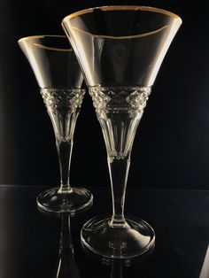 Hand cutted crystal glasses with 24 carat gold on the edges. Producer: SKLO-KRIŠTÁL Ltd. www.handcutcrystal.sk