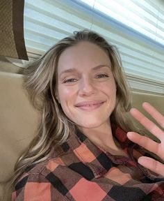 Tracy Spiridakos Tracy Spiridakos, Birthday Love, Chicago Fire, Actors, Instagram, Women, Twitter, Actor, Woman