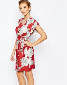 Image 1 of Closet Square Sleeve Midi dress with Tie at Side in Allover Floral