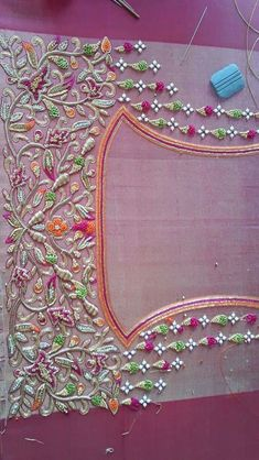 65 Trendy Embroidery Designs For Blouses Bridal Embroidery Designs Free Download, New Embroidery Designs, Embroidery Hoop Crafts, Simple Embroidery, Embroidery Fashion, Embroidery Jewelry, Beaded Embroidery, Hand Embroidery, Embroidery Blouses