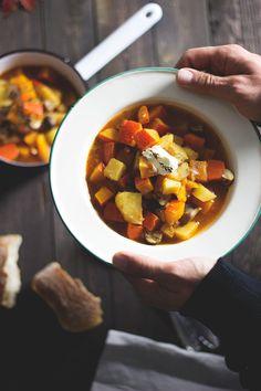 Herbstrezept: veganes Kartoffel-Kürbis-Gulasch. Holunderweg18