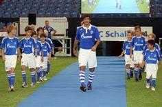 Presentación de Raul González Blanco en el Schalke 04. #RealMadrid C.F.