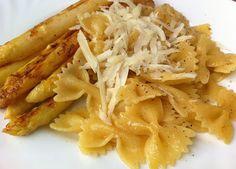 Cukkini Virág gasztroblog - receptek és tippek: Golden asparagus with pasta/ Aranyszínű, vajban pirított spárga tésztával