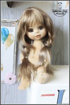 Здравствуйте всем! Давайте знакомиться! Меня зовут Анна Щёголева (АннаЩ).Уже продолжительное время занимаюсь пошивом текстильных кукол. Но вот все что то