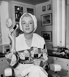 Marilyn Monroe without make up