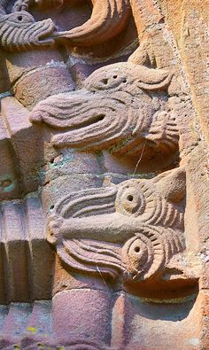 Norman Romanesque relief sculptures of dragons and mythical creatures from the South doorway of Church of St Mary and St David, Kilpeck Herifordshire, England. Built around 1140 Romanesque Sculpture, St David, Pictures Images, Doorway, Mythical Creatures, Middle Ages, Folklore, Norman, Legends